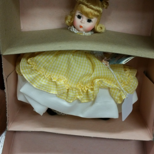 Madame Alexander doll vintage new in box Amy 411