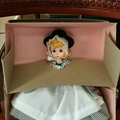 Madame Alexander doll vintage new in box Great Britain 558